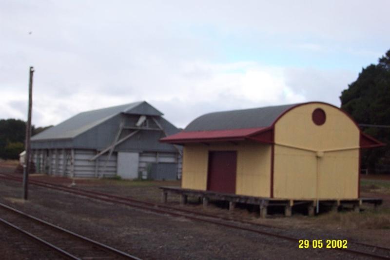 23389 Railway Station Complex Glenthompson store 1059
