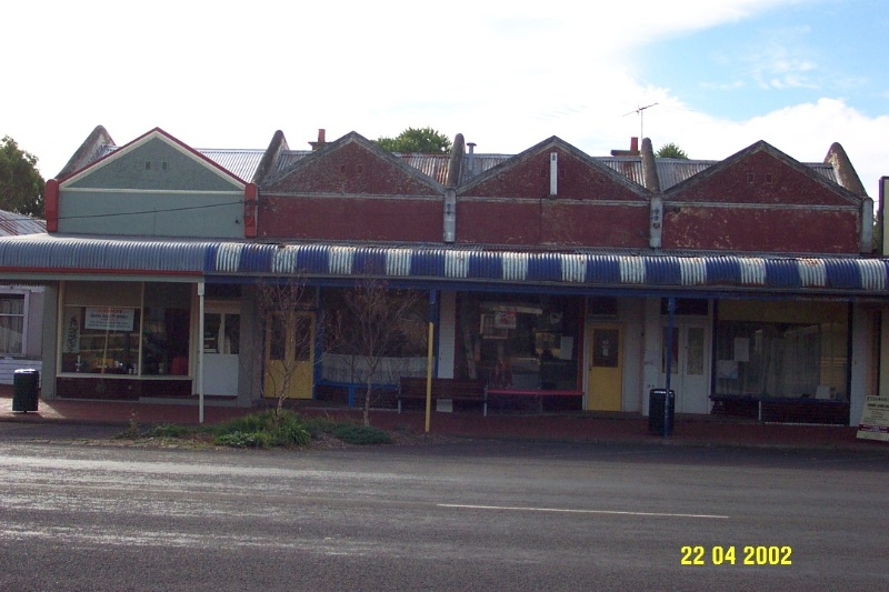 23340 Row of Shops 821 d Bell St Penshurst 0794