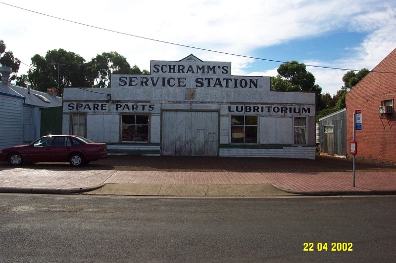 23331 Schramm s 84 Bell St Penshurst 0797