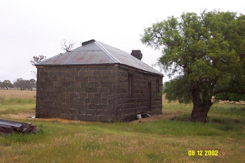 23479 Shepherd s Hut Devon Park 1 Dunkeld 2252
