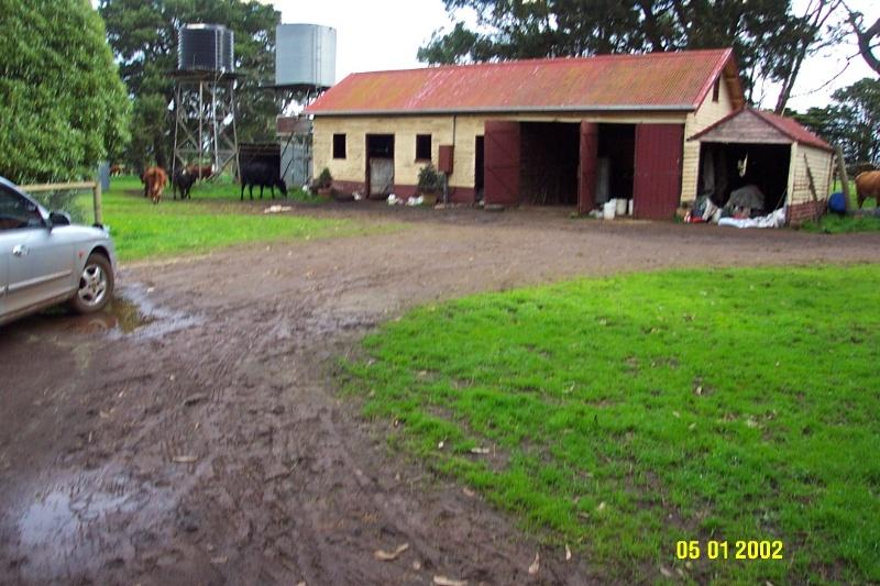 23422 Sleat Bank Yulecart stables 1365