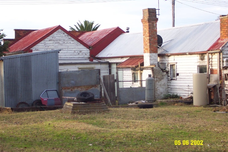 23454 Turners Store Glenthompson rear view 1105