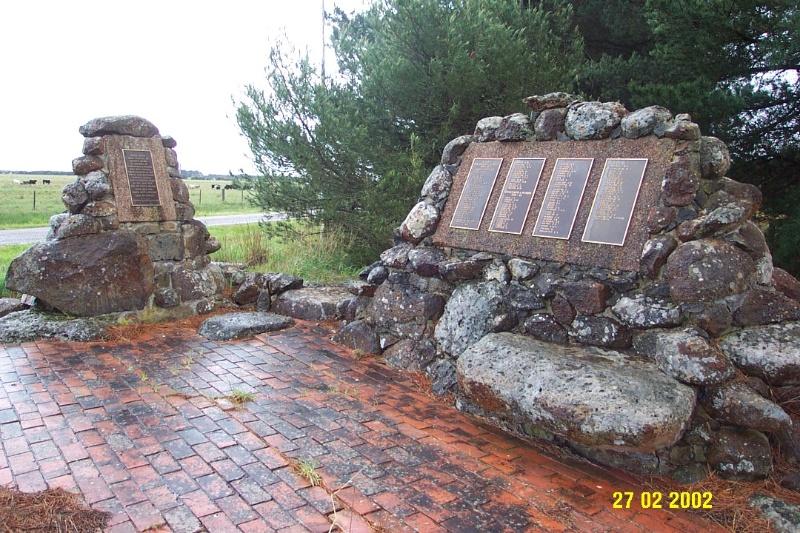 23428 Nurses Memorial Woodhouse Nareeb 1667