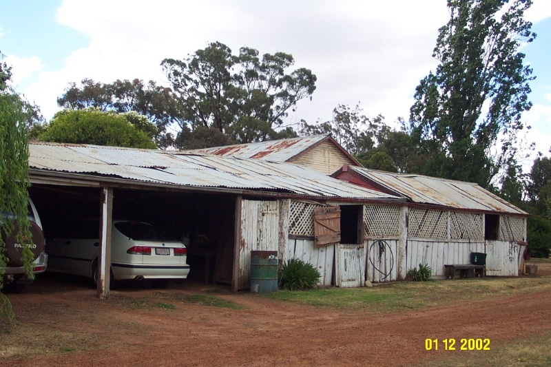 23222 Yat Nat Homestead Balmoral stables 2190