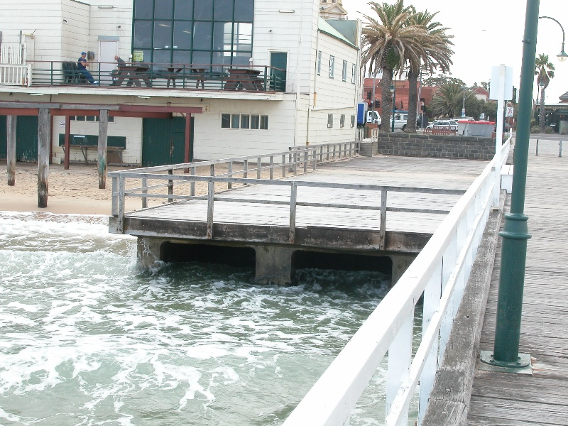 Kerford Road Pier Port Melbourne March 2003 drain 004