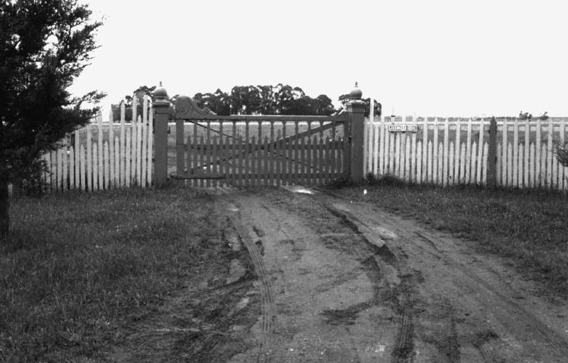 Jesmond Dene Gateway