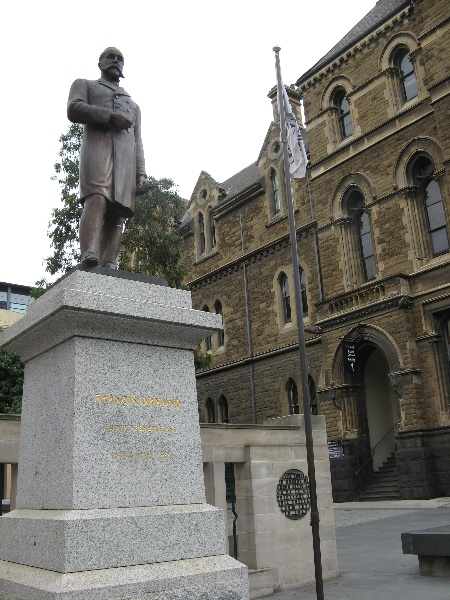 Francis Ormond statue_Melbourne_8 Jan 2008