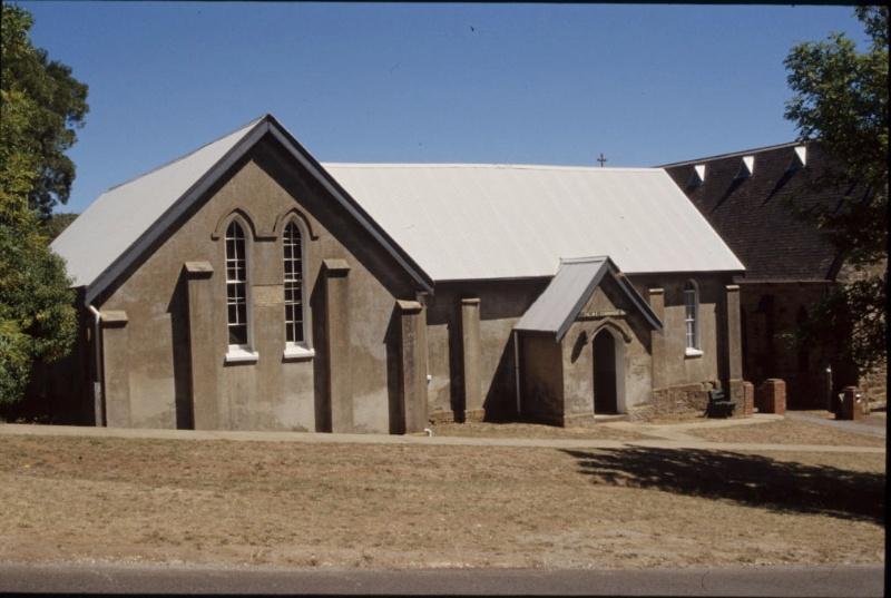 Christ Church School_Daylesford_North Elevation 02_Feb 2004_mz
