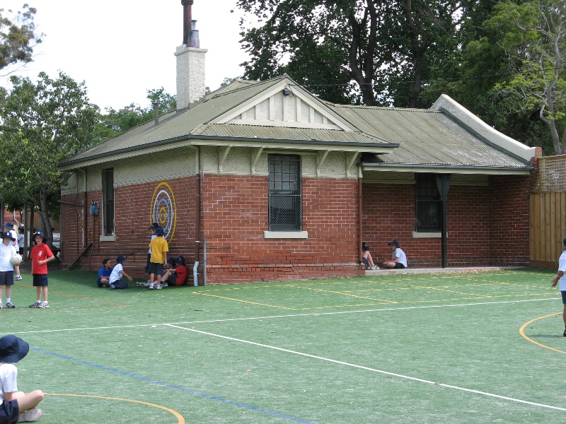 Glenferrie PS_caretakers cottage_ 27 Oct 07