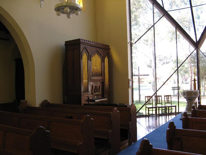 Moyle organ St Linus Merlynston_site in church_11 Feb 08 10