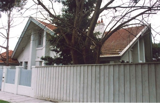 45 Balaclava Rd Caulfield, August 2000