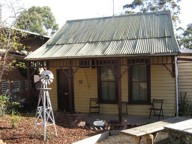 Diamond House_Stawell_timber cottage_Kj_29 may 08