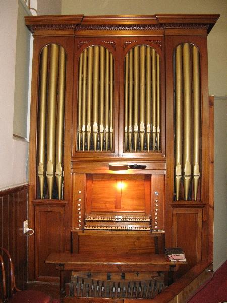 Hill pipe organ-St Peters Stawell_KJ_29 may 08