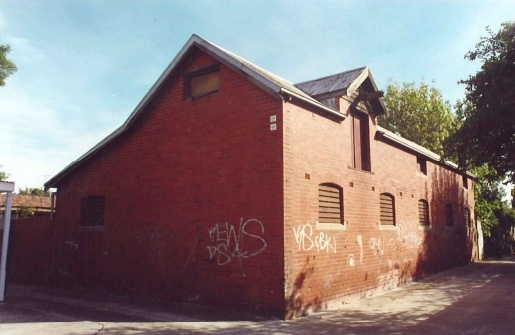 Stables, 8 Park Crescent Caulfield, August 2000