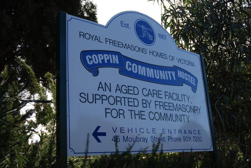 4435 Royal Freemasons Homes 313 Punt Road Sign 02