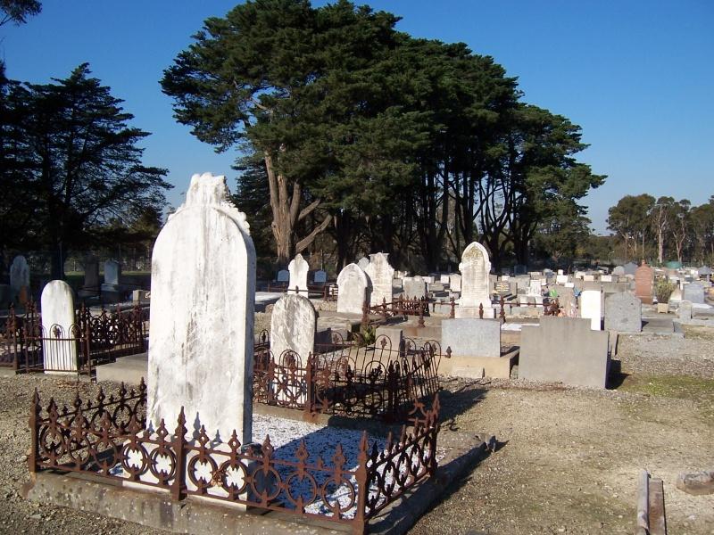 Plenty Road, Preston General Cemetery and Mausoleum