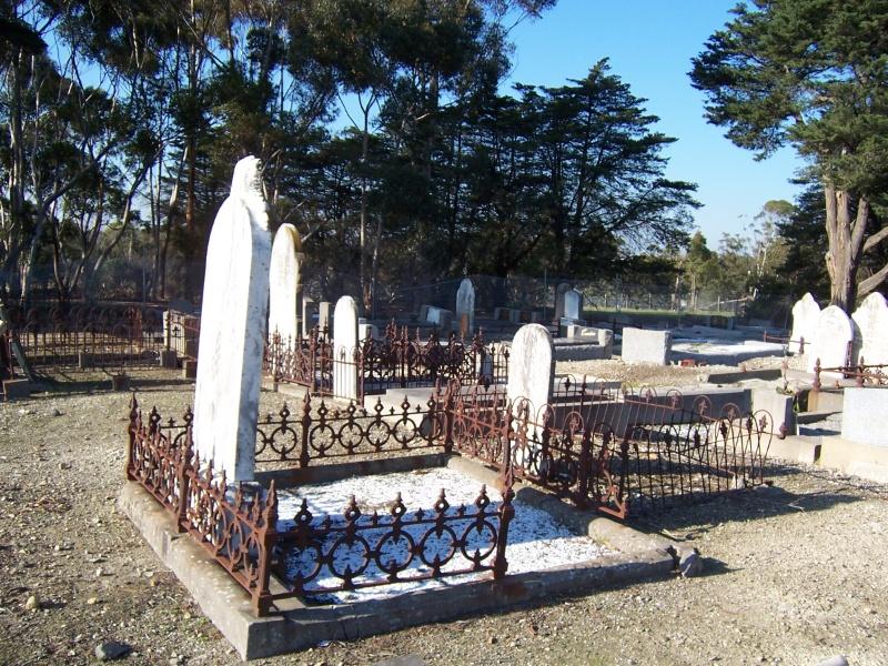 Preston General Cemetery Figure 3