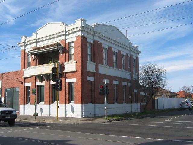 State Saving Bank (Former), 600-606 Plenty Road, Image 2
