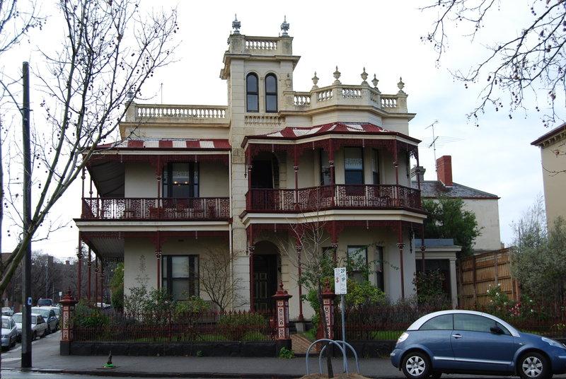 H1922 Residence Cnr Degraves St and Park Dve Facade 02