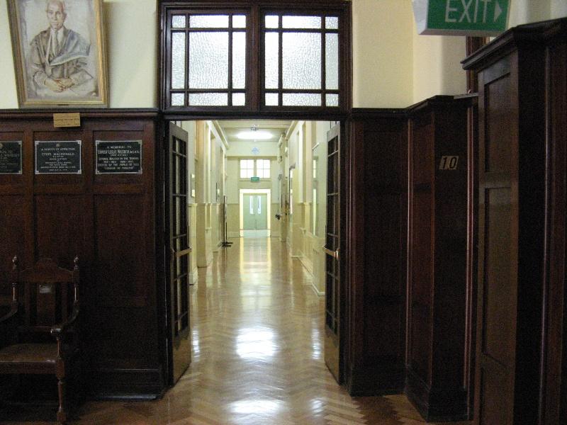 University High_Parkville_corridor_KJ_9/7/08
