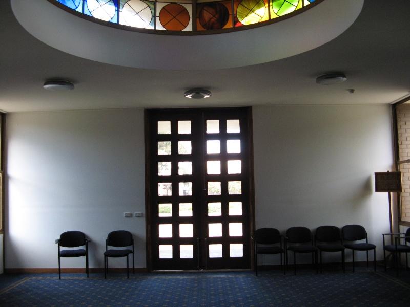Monash Religious Centre_interior narthex_KJ_Aug 08