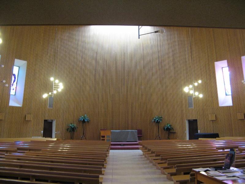 Monash Religious Centre_interior large chapel_KJ_Aug 08