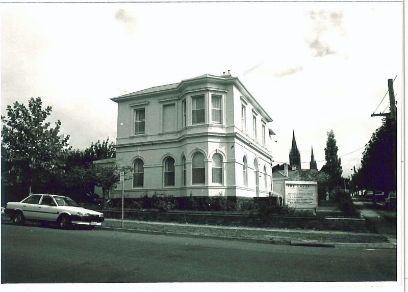26576 Hewlett House