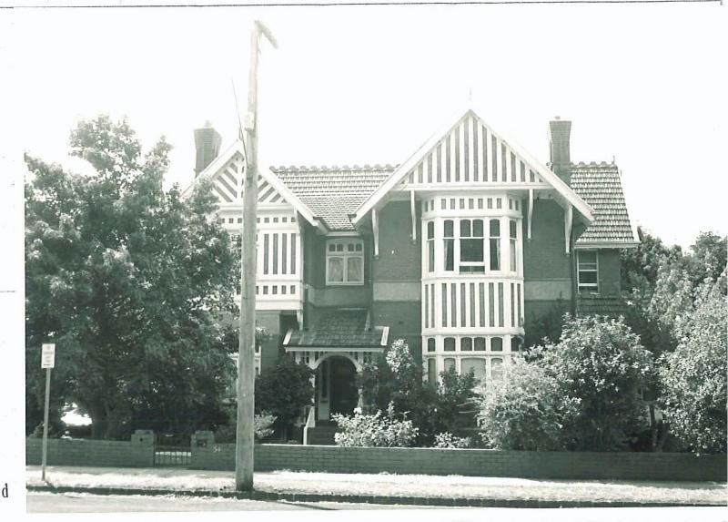 26499 Napier Club