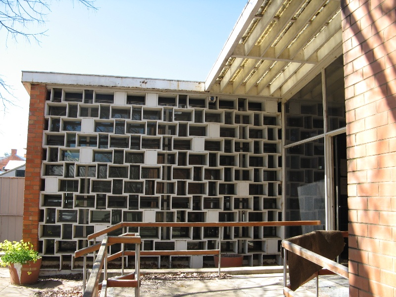 Former Shire Offices_Benalla_main entrance_KJ_5/9/08