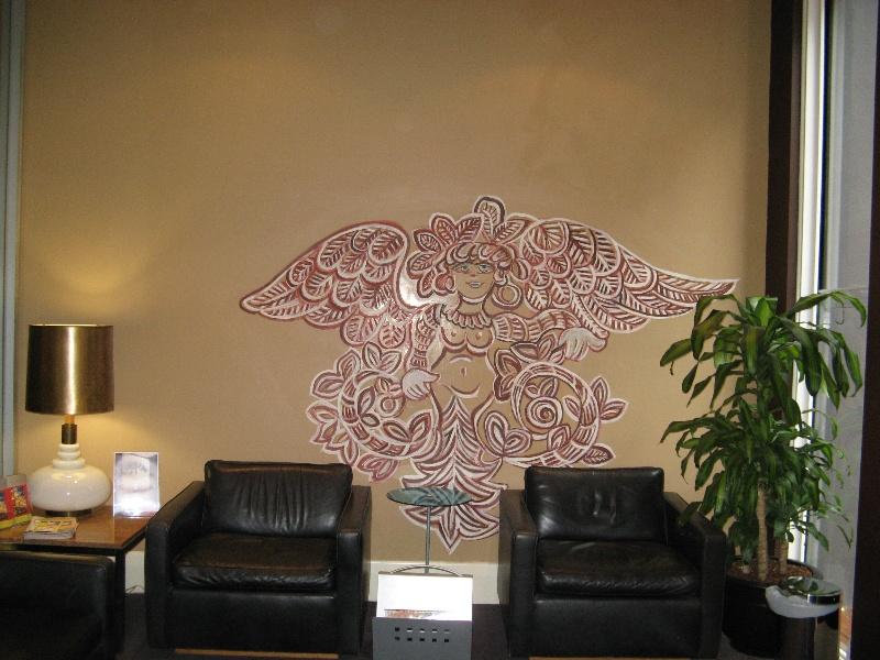 Mirka at Tolarno St Kilda_mural in foyer_KJ_13 Oct o8