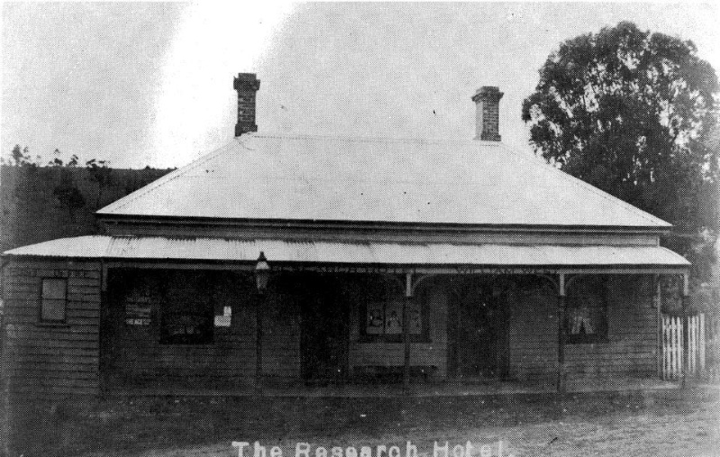 166 - St Andrews Hotel Palm KangGround St Andrews Rd 05 - Demolished Research Hotel - A very different hotel building constructed all at one time (ELHPC NO.502.) - Shire of Eltham Heritage Study 1992