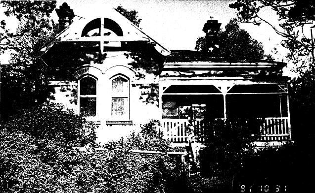 194 - State School 209 Residence Pines 690 Main Rd 04 - Shire of Eltham Heritage Study 1992