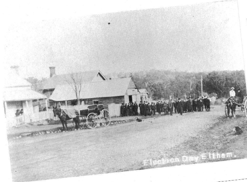 199 - Court House 730 Main Rd Eltham 03 - Setting of the court house and police residence during the late 19th/early 20th century (ELHPC NO. 628 & 629) - Shire of Eltham Heritage Study 1992