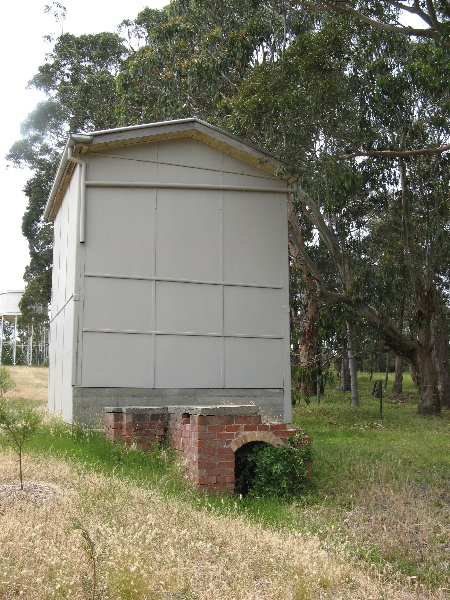 Westerfield_drying shed & furnace_KJ_Dec 08
