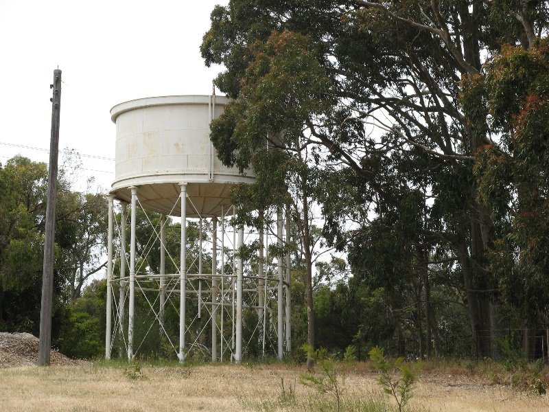 Westerfield_Frankston_elevated water tank_KJ_Dec 08