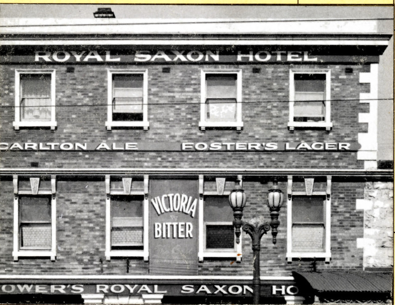 B0120 Royal Saxon Hotel