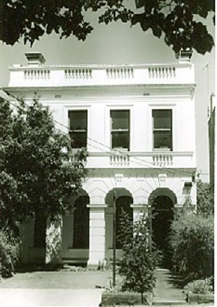 B4715 16 Jolimont Terrace