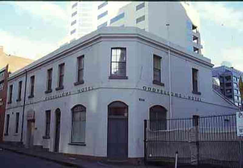 B5257 Oddfellows Hotel