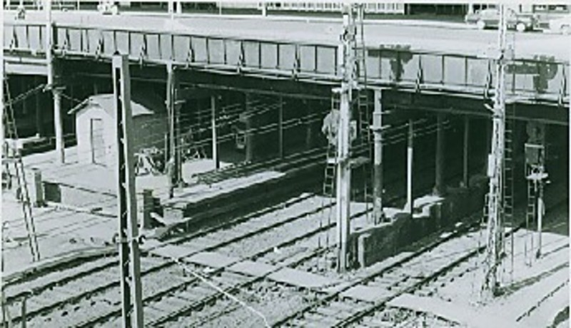 B3120 Swanston St Bridge Over Rail Lines