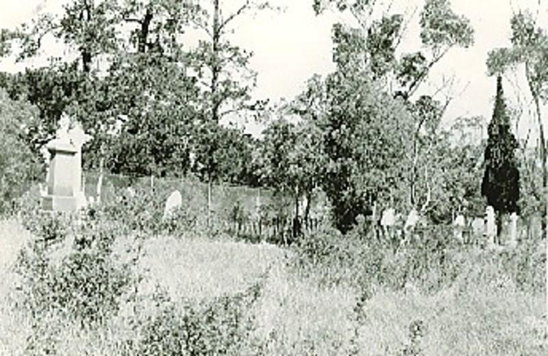 B2700 Will Will Rock Public Cemetery