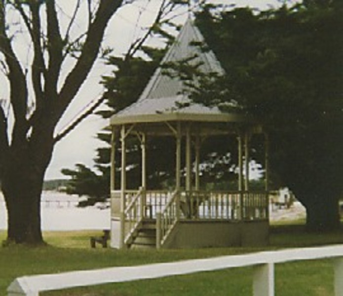 B4196 Bandstand