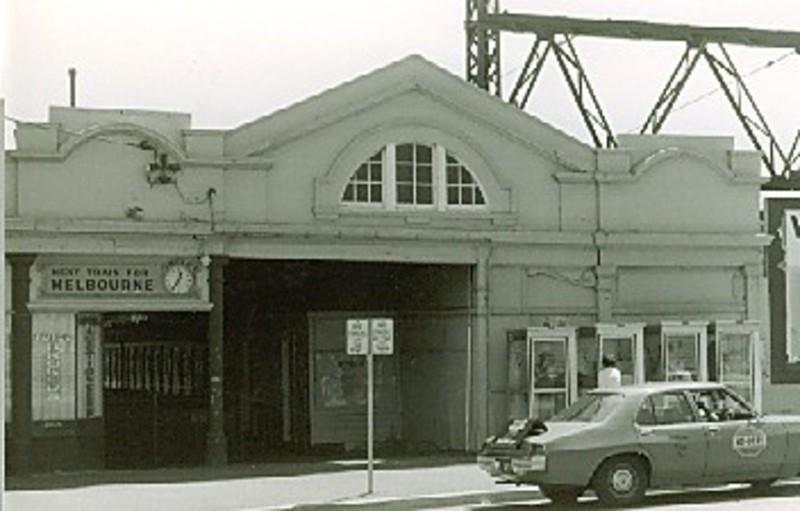 B4622 Railway St Fitzroy St St Kilda
