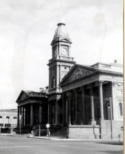 B1265 Fitzroy Town Hall 201 Napier St Fitzroy