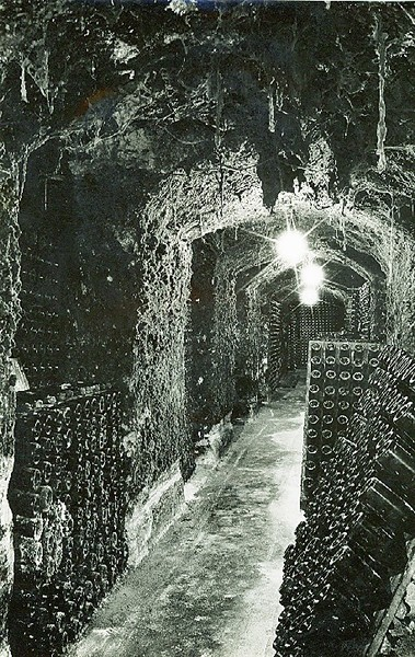 B1251 Seppelt's Champagne Cellars, Great Western