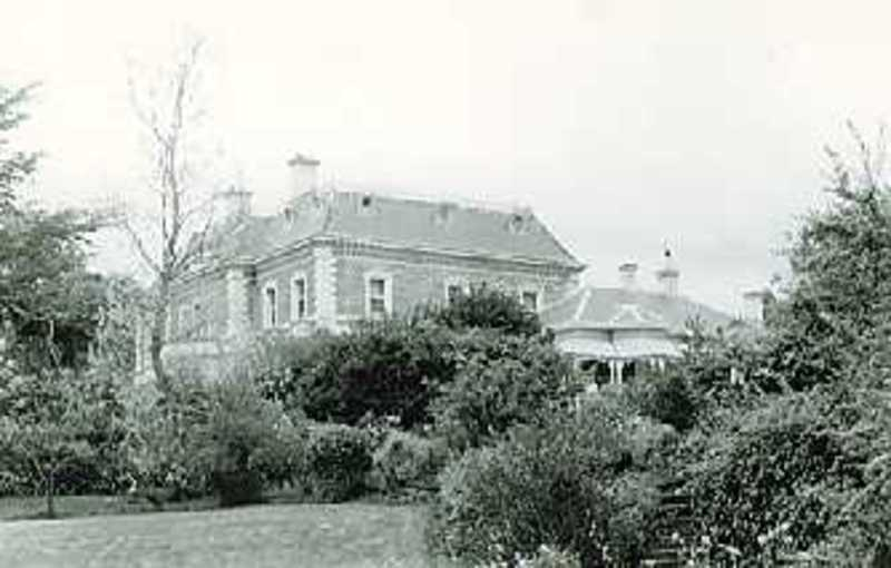 B1450 Golf Hill homestead Complex, Shelford