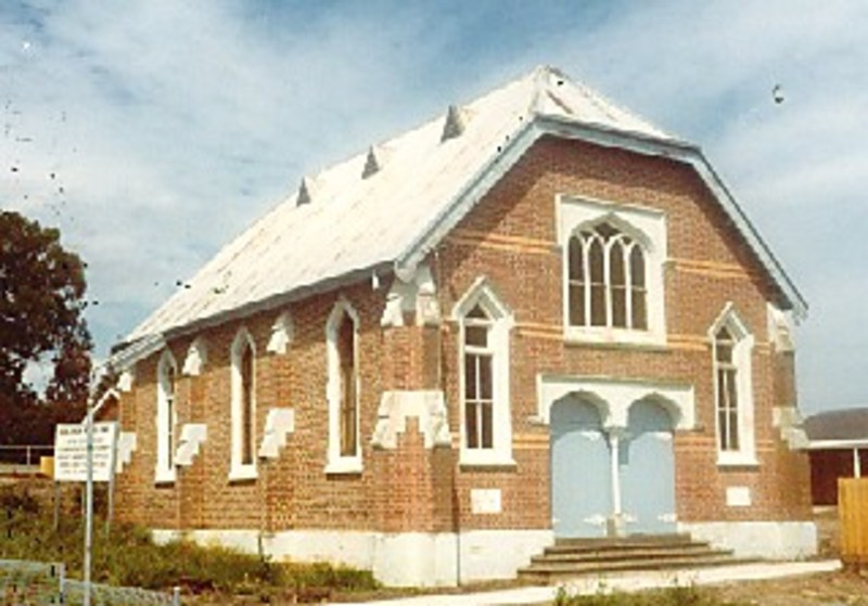 B5453 Uniting Church