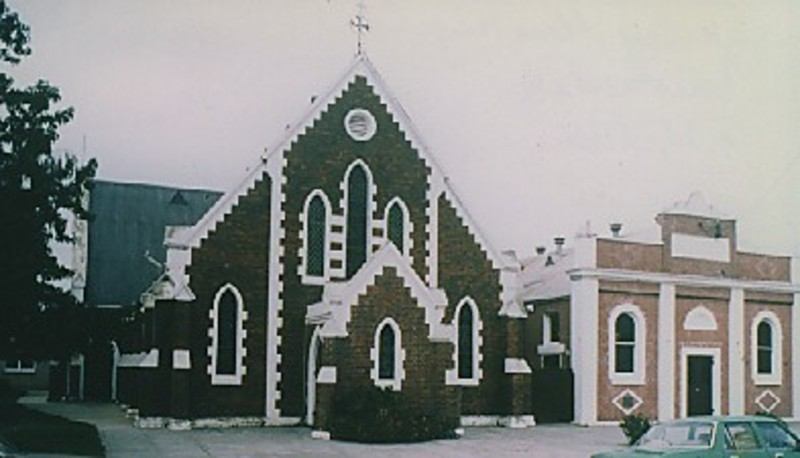 B5164 Uniting Church Hall & Sunday School