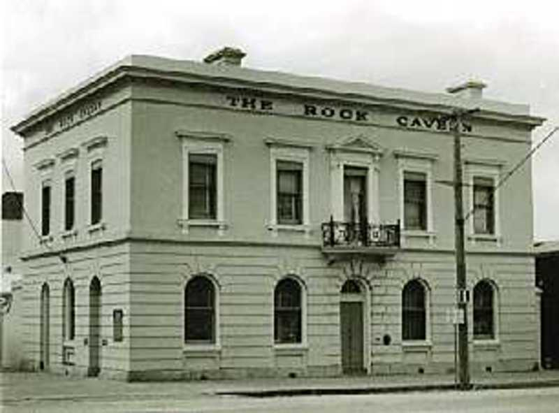 B1297 Former Bank of Victoria, Beechworth (now The Rock Cavern)