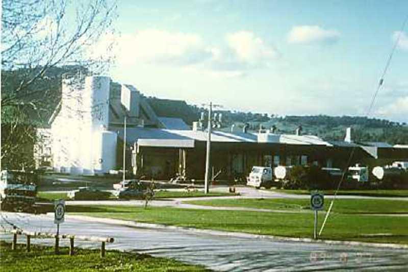 B6194 Kiewa Butter & Cheese Factory