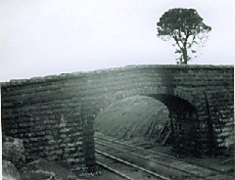 B2993 Humped Bridge Calder Hwy Taradale